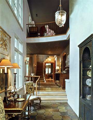 european-town-home-foyer