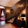 mediterranean-inspired-villa-stairs