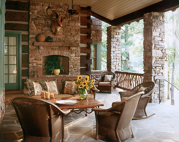 rustic-hunting-lodge-outdoor-living
